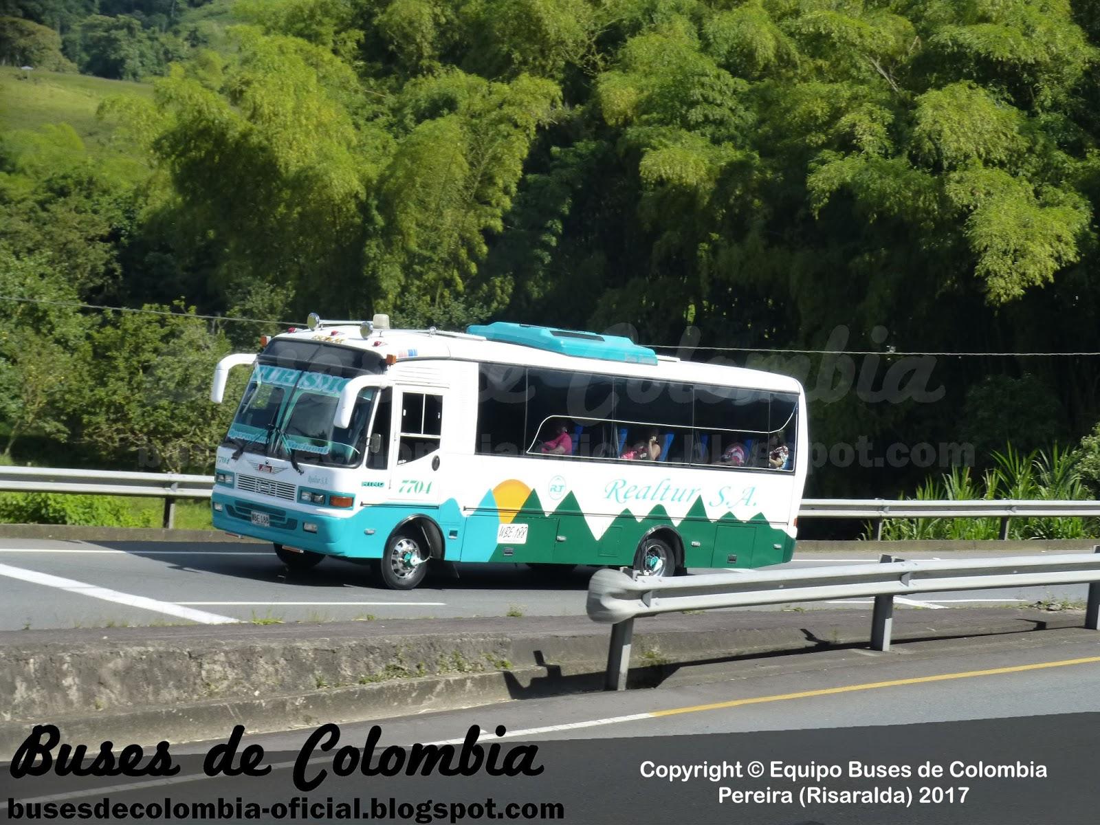 Realtur S A  7704 | Buses de Colombia - Oficial