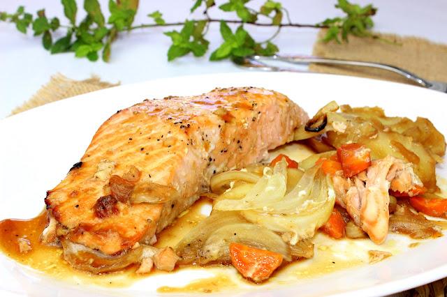 Salmón en salsa de soja y miel. Julia y sus recetas