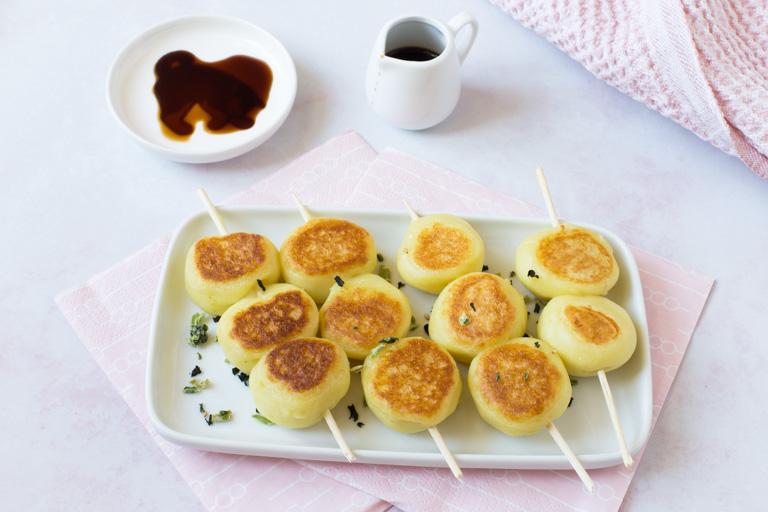 Jagamochi - Pan-fried potato dumplings