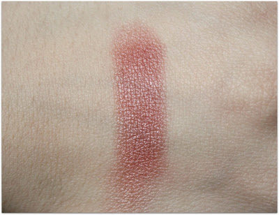 "Lily Lolo Pressed Mineral Blush in ""Coming Up Roses"" Swatch"