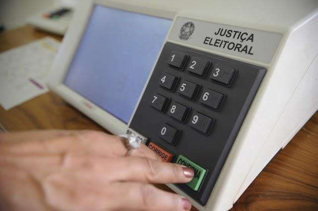 ELEIÇÕES 2016:  TRE inicia distribuição de urnas para as zonas eleitorais do Interior do Ceará