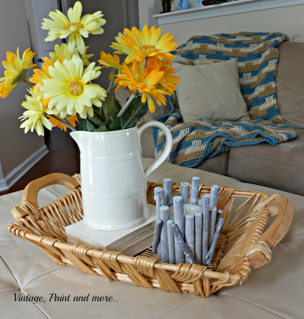 Vintage, Paint and more... A simple summer vignette with white ironstone and daisies
