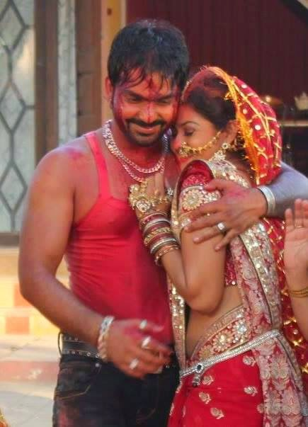 Bhojpuri Actor Pawan Singh and  Tanushree chatterjee Photo