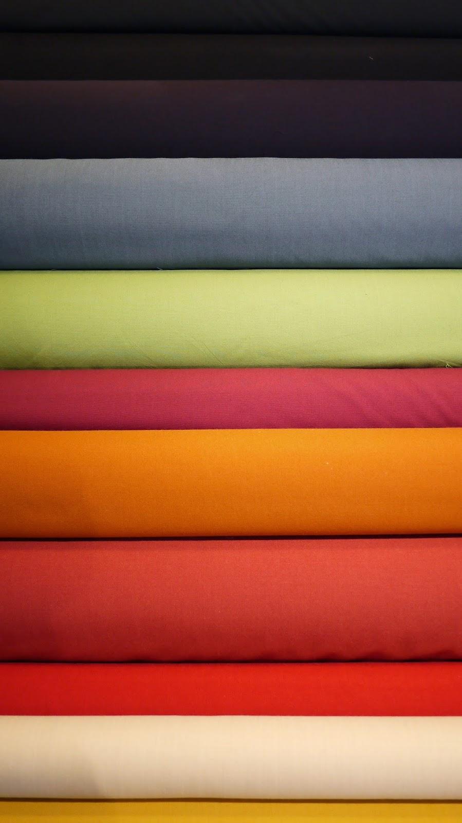 "Bestla"" fra Fanny Aronson/Kvadrat. 68% ny uld 26% bomuld 6% polyamid. ""Bestla"" er 140cm. bred og koster 298 kr. pr meter."