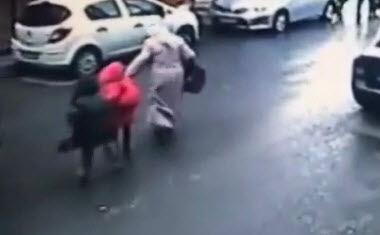 TRAGICO: Camión Despedaza A Madre Con sus dos Hijos