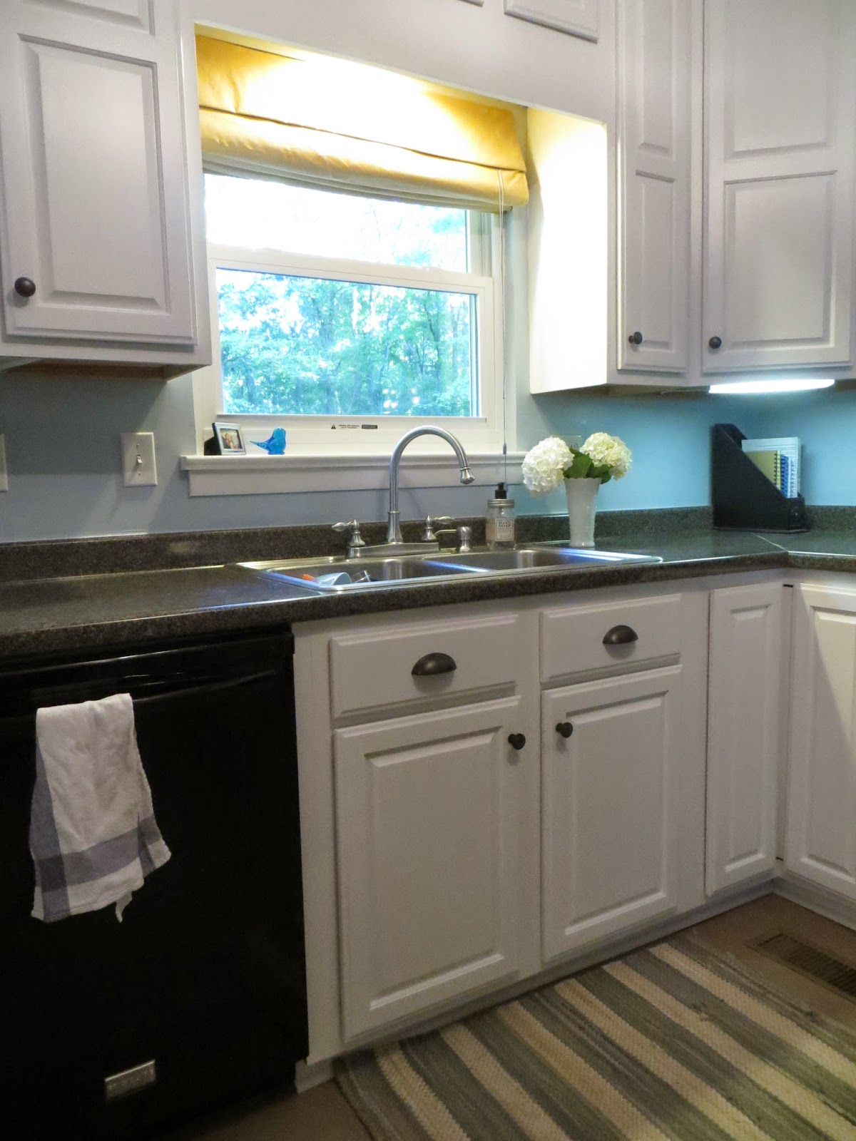 Paint My Kitchen Cabinets Rbt Bags How I Painted My Kitchen Cabinets White Post 1