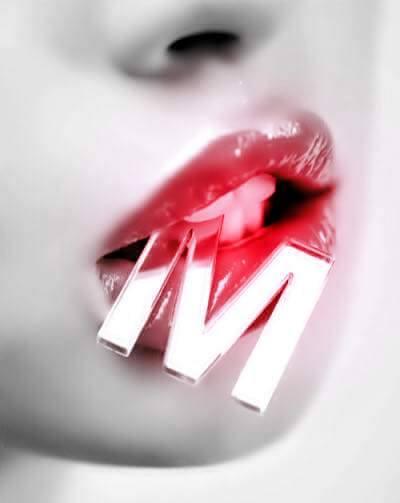 Le langage des lèvres y a pas photo