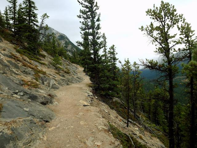 parque banff trekking