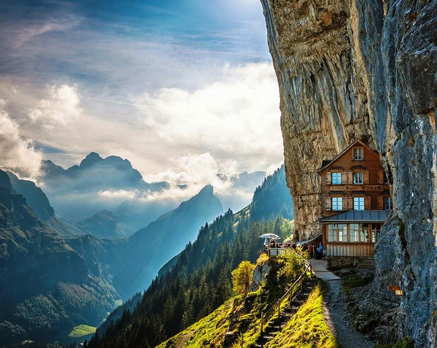 Äscher Cliff,  Suiza