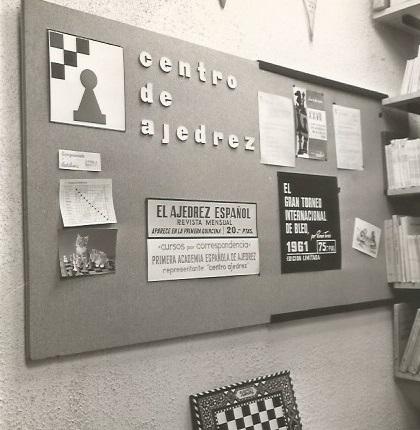 Mural en el Centro de Ajedrez Francino en 1963