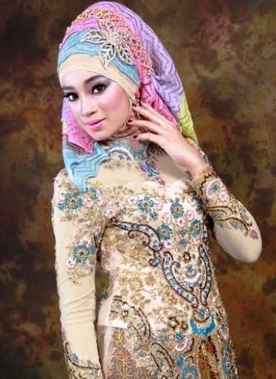 model kebaya batik kombinasi