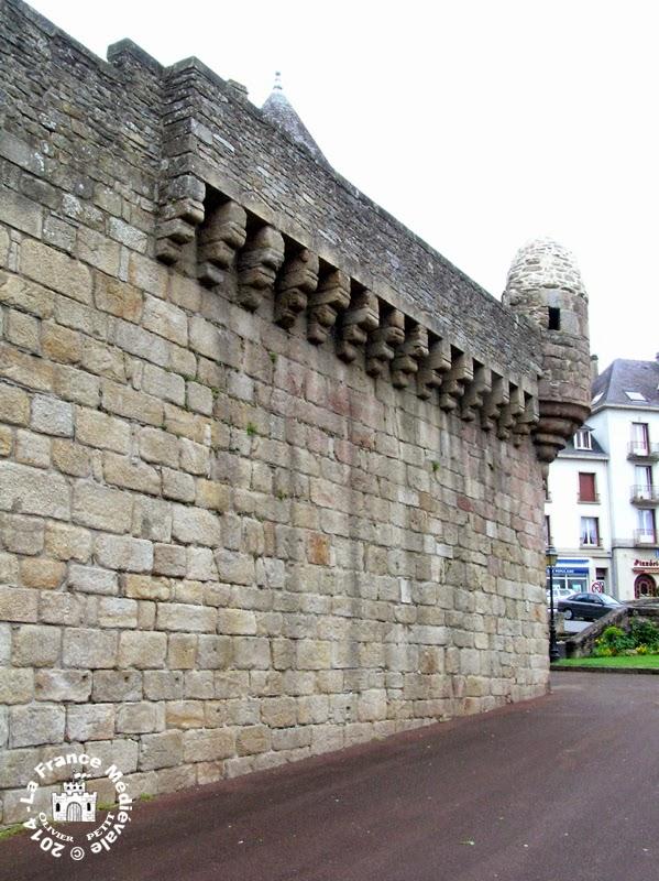 HENNEBONT (56) - Les remparts