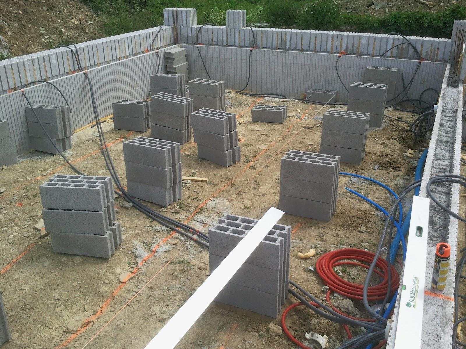 construction euromac2 2012 20 etaiement vide sanitaire. Black Bedroom Furniture Sets. Home Design Ideas