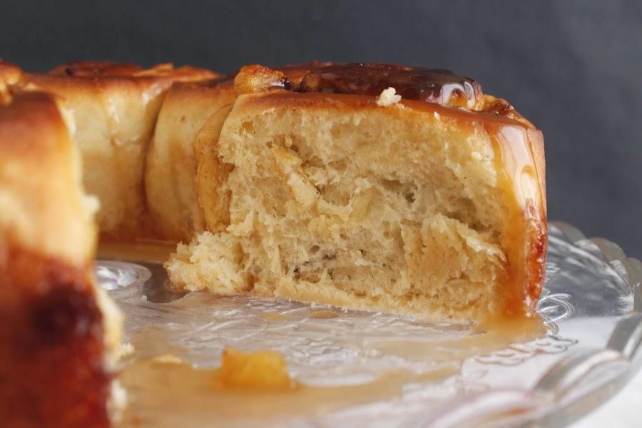 Receta Rollos de manzana con salsa de caramelo