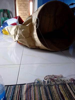 Bagaimana membuat Balon Udara Raksasa dari Kertas layangan/minyak di WONOSOBO