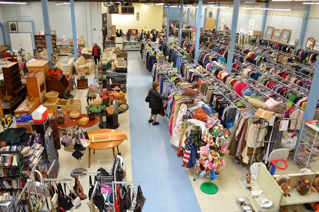 Thrift Store Shopping Isnu0027t For Everyone, And Thatu0027s Perfectly Ok! If  Digging Through Old Clothes, Having To Sort Out Sizes Yourself, Or Dealing  With A U201cno ...