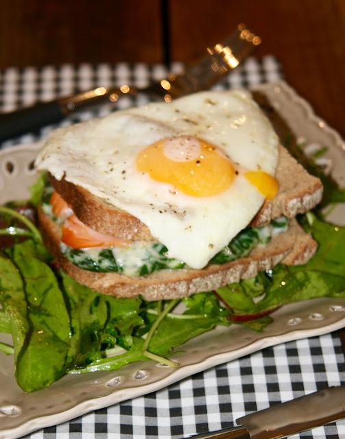 """alt=""""croque-monsieur saumon épinard"""""""