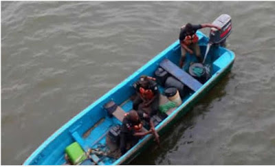 Photos Of Police & LASEMA Searching For Woman Who Jumped Into Lagos Lagoon