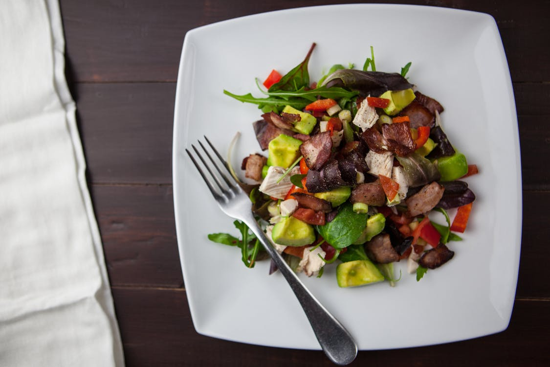 6 Science-Backed Pros And Cons Of The Ketogenic Diet