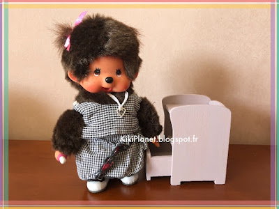 kiki monchhichi bebichhichi mobilier miniature toys vintage poupée table de chevet