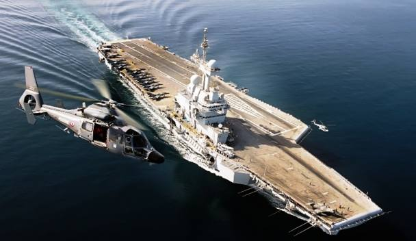 Kapal Induk Charles de Gaulle milik Perancis