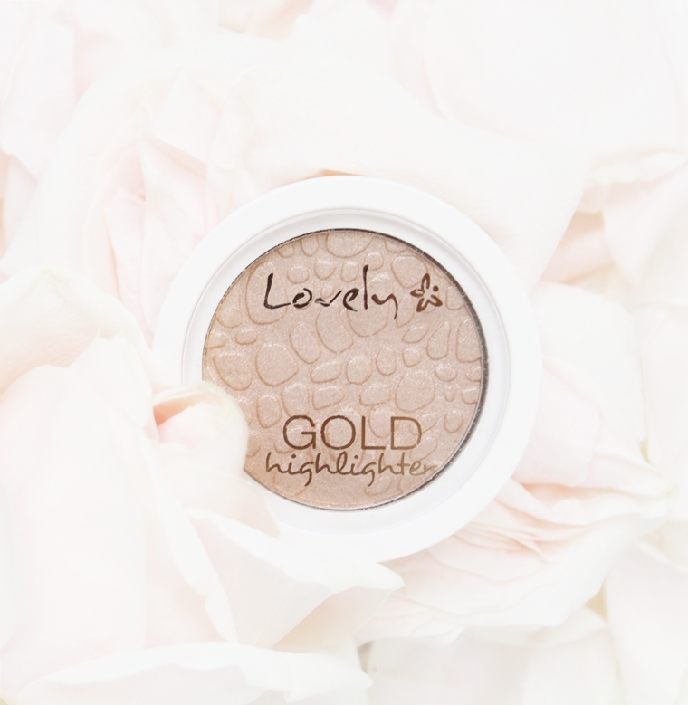 Ulubieńcy Marzec 2017 Lovely Gold Highlighter Rozświetlacz do twarzy