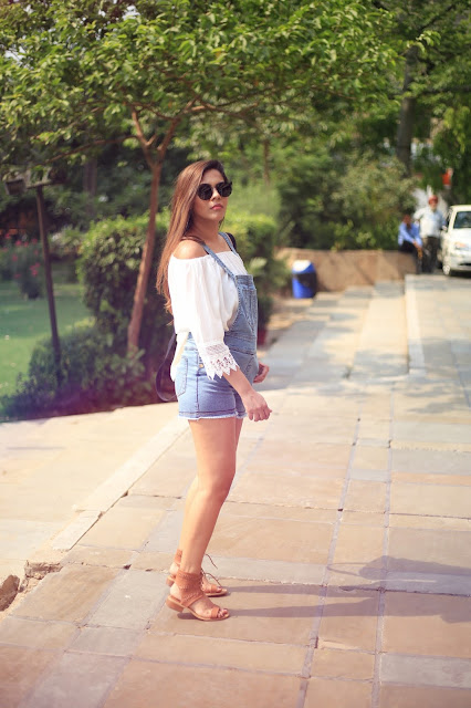 dungarees, Heath Dungarees, how to style denim dungarees,how to style denim overalls, cropped denim dungarees, summer fashion trends 2016, delhi blogger, delhi fashion blogger, indian blogger, indian fashion blogger, fashion,beauty , fashion,beauty and fashion,beauty blog, fashion blog , indian beauty blog,indian fashion blog, beauty and fashion blog, indian beauty and fashion blog, indian bloggers, indian beauty bloggers, indian fashion bloggers,indian bloggers online, top 10 indian bloggers, top indian bloggers,top 10 fashion bloggers, indian bloggers on blogspot,home remedies, how to