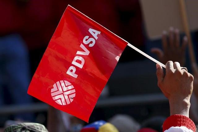 A FONDO-Crisis provoca estampida de trabajadores en golpeada industria petrolera venezolana