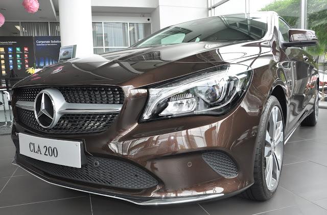 Ngoại thất Mercedes CLA 200 2018 thiết kế theo phong cách Coupe