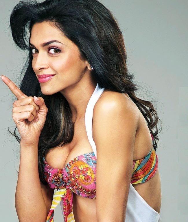 Deepika Padukorn In South Indian Saree Hot Pics Richa Chhada- Bikini Hot & bold New Bollywood Actress Pics 2016 on maxim