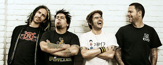 NOFX play new song live 'Oxy Moronic'