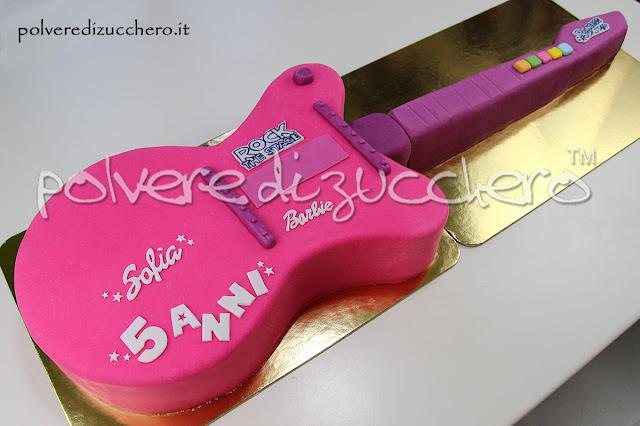 barbie rock torta chitarra pasta di zucchero cake design polvere di zucchero compleanno