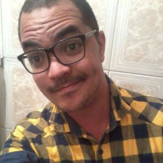 Prontuário do Samu aponta queda como causa da  morte do estudante Leandro Moura. Família contesta.