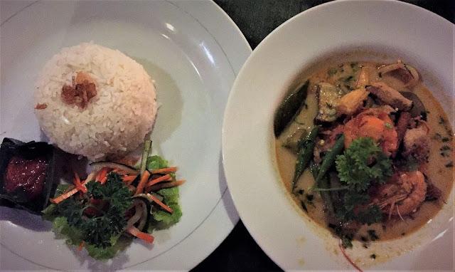Curry, Boga Sari Warung
