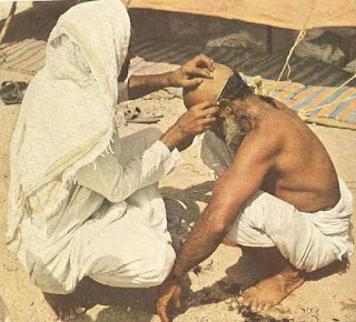 Very Old Rare Images of Hajj, Head shaving during Hajj