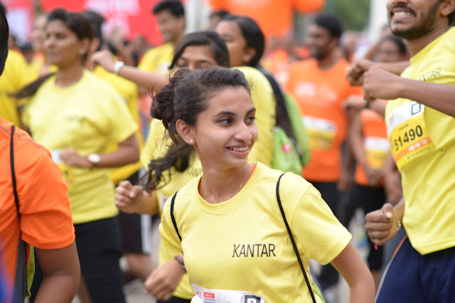 Airtel Hyderabad Marathon on 28th August, the sports lovers and enthusiasts are not left behind in the 5K Fun Run that was flagged off today at the Hitex Exhibition Center.