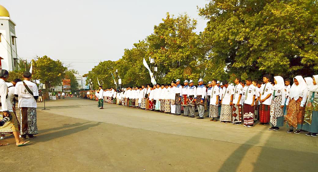 Upacara Bendera Memperingati Hari Batik Nasional 2018, di depan halaman Museum Batik Pekalongan