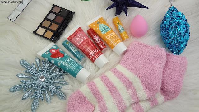 Avon Slipper Socks, Makeup Blener, Lip Balm, Hand Cream & Eyeshadow Palette
