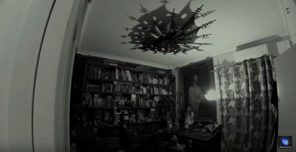 """Η ομάδα Greek Ghosthunters σε ιδιωτική κατοικία στο Φάληρο με χρήση του βιβλίου """"Νεκρονομικόν"""""""