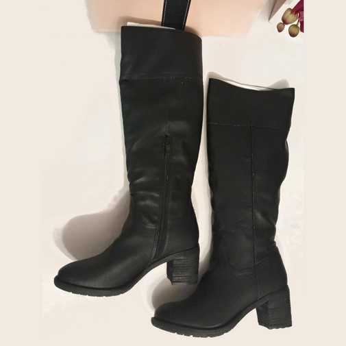 e596cfe5 #paulasoler #botas #altas #negro #cremallera #nuevoconetiqueta #talla38