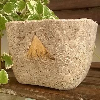 Vaso medio con inserto in vera pietra