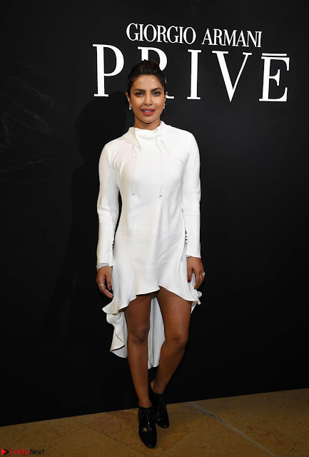 Priyanka Chopra and other Celebrities at Giorgio Armani Fashion Show 2017 in Paris  ~  Exclusive 04.jpg