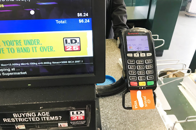 Transaksi Dan Tarik Tunai Di Atm Luar Negeri Menggunakan Jenius