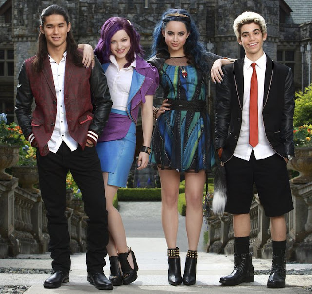 First Group Photo of Descendants 2 - TAARUS