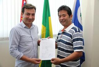 Vice-prefeito Gilberto Matsusue assume interinamente o cargo de prefeito do município de Juquiá