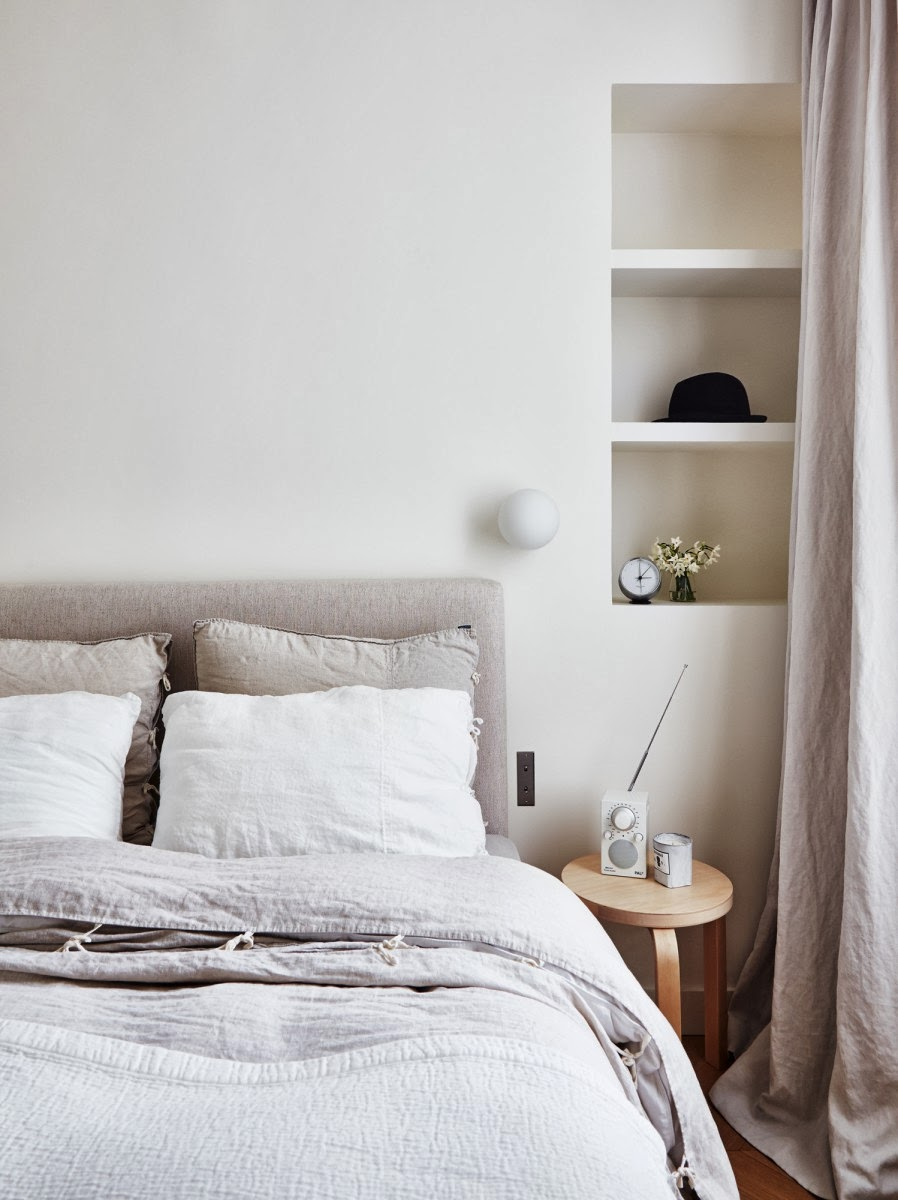 my scandinavian home a perfect parisien home. Black Bedroom Furniture Sets. Home Design Ideas