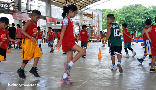 Alaska Basketball Power Camp Bacolod leg - basketball clinic - Bacolod mommy blogger - summer basketball camp - Coach Willie Miller and girls- sports activity for kids - homeschooling in Bacolod - basketball for girls