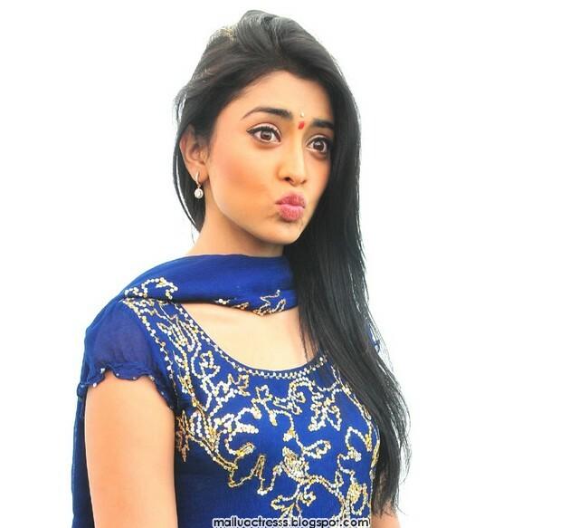 Malayalam Actress: Shriya Saran Cute In Blue Churidhar Stills
