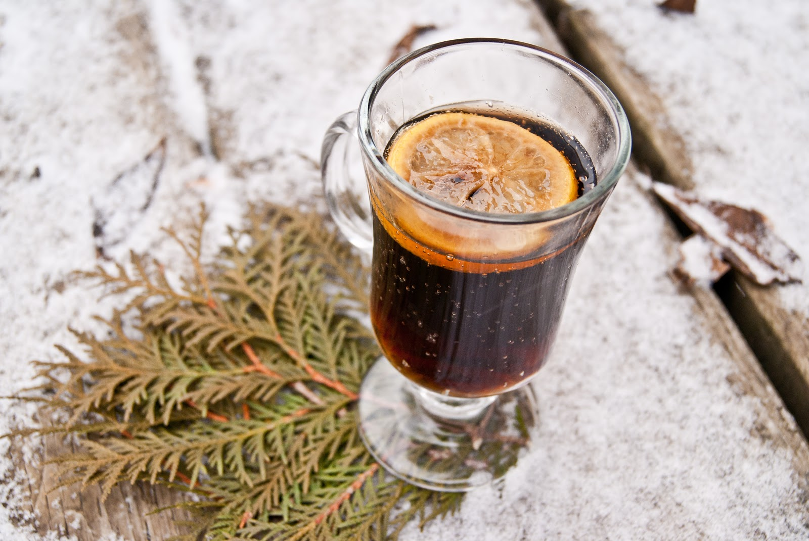 Crockpot Mulled Dr. Pepper | Warm and Fancy Crockpot Drinks You Can Serve This Winter
