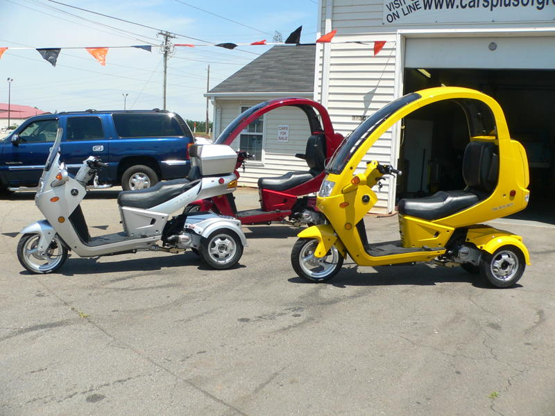 auto moto 3 wheel scooters cars plus of greer. Black Bedroom Furniture Sets. Home Design Ideas